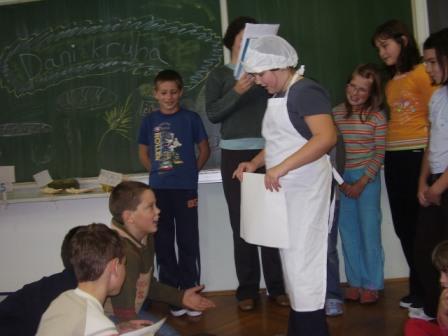 predstava-dani kruha.JPG