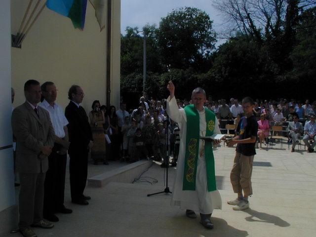 otvaranje škole lipanj 2003. 1.JPG